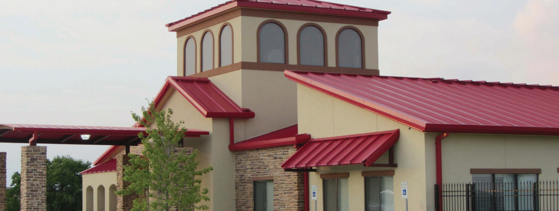 Ultra-Dek Snap-on Trapezoidal Metal Roof System   EXCEPTIONAL Metals